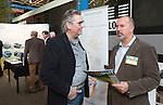AMERSFOORT - Richard van Stralen met Nationaal Golf Congres & Beurs (Het Juiste Spoor) van de NVG.     © Koen Suyk.