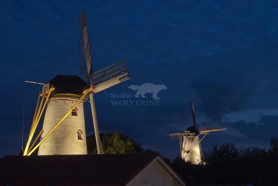 Molen De Hoop en molen Aeolus, te Wemeldinge, Zeeland