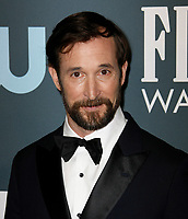 SANTA MONICA, CA - JANUARY 13: Noah Wyle attends the 24th annual Critics' Choice Awards at Barker Hangar on January 12, 2020 in Santa Monica, California. <br /> CAP/MPI/IS/CSH<br /> ©CSHIS/MPI/Capital Pictures