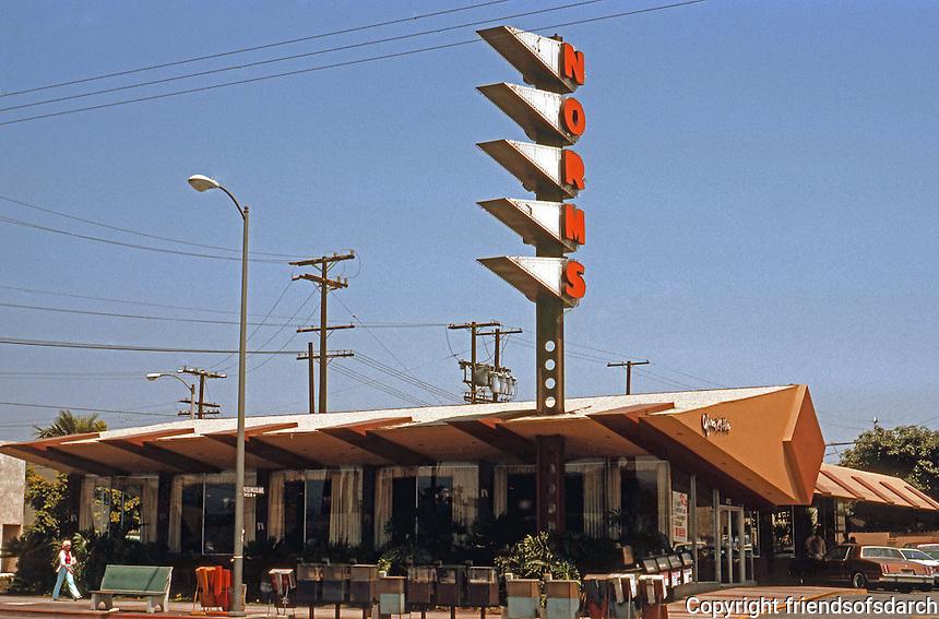 Googies: Norm's Restaurant, La Cienega, Hollywood. Armet & Davis, 1956. 1950's Moderne.  Photo '82.