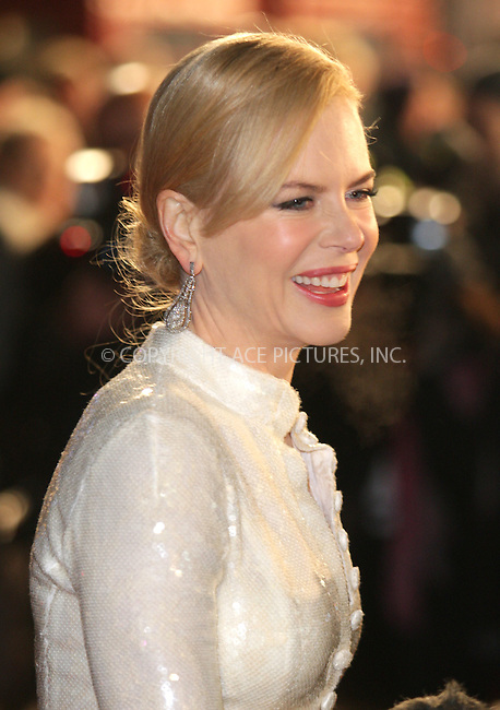 """Nicole Kidman at the premiere of """"Australia"""" in London - 10 December 2008 ..FAMOUS PICTURES AND FEATURES AGENCY 13 HARWOOD ROAD LONDON SW6 4QP UNITED KINGDOM tel +44 (0) 20 7731 9333 fax +44 (0) 20 7731 9330 e-mail info@famous.uk.com www.famous.uk.com .FAM24869"""
