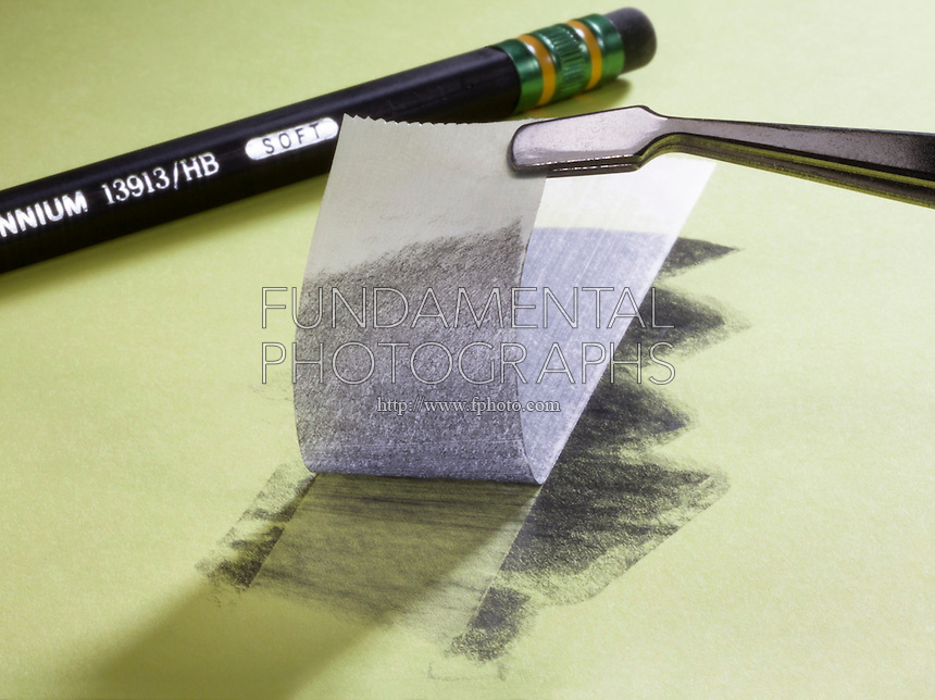 GRAPHENE<br />