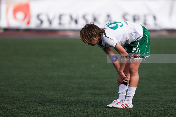 110410 Hammarbys Mami Yamaguchi deppar efter fotbollsmatchen i Damallsvenskan mellan Hammarby och Ume&aring; den 10 April 2011 i Stockholm. <br /> Foto: Kenta J&ouml;nsson<br /> Nyckelord: fotboll, damallsvenskan, hammarby, ume&aring;, depp