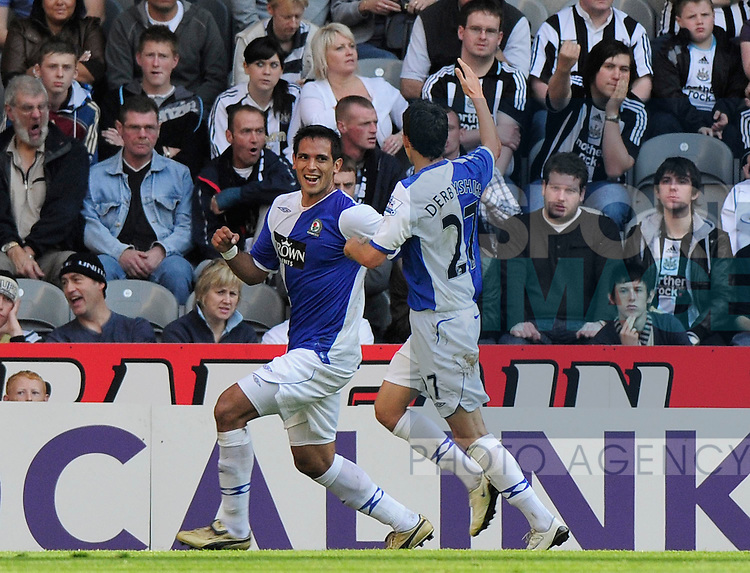 Blackburn's Roque Santa Cruz celebrates his goal.