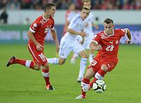 Fussball International  WM Qualifikation 2014   11.09.2012 Schweiz - Albanien Xherdan SHAQIRI (re, Schweiz) am Ball und Granit Xhaka (Schweiz)