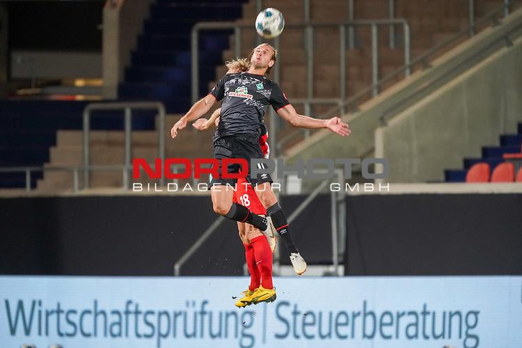 Niclas Füllkrug / Fuellkrug (Werder Bremen #11), Sebastian Griesbeck (1. FC Heidenheim 1846 #18)<br /> <br /> <br /> Sport: nphgm001: Fussball: 1. Bundesliga: Saison 19/20: Relegation 02; 1.FC Heidenheim vs SV Werder Bremen - 06.07.2020<br /> <br /> Foto: gumzmedia/nordphoto/POOL <br /> <br /> DFL regulations prohibit any use of photographs as image sequences and/or quasi-video.<br /> EDITORIAL USE ONLY<br /> National and international News-Agencies OUT.
