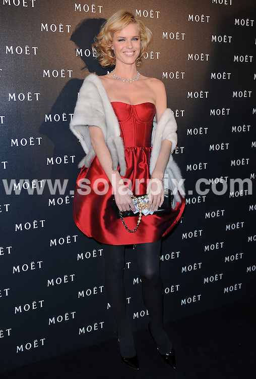 **ALL ROUND PICTURES FROM SOLARPIX.COM**.**WORLDWIDE SYNDICATION RIGHTS**.Moet and Chandon: A Tribute to Cinema party at Big Sky Studios, London, UK. 24 March 2009..This pic: Eva Herzigova..JOB REF: 8711 SSD     DATE: 24_03_2009.**MUST CREDIT SOLARPIX.COM OR DOUBLE FEE WILL BE CHARGED**.**ONLINE USAGE FEE GBP 50.00 PER PICTURE - NOTIFICATION OF USAGE TO PHOTO @ SOLARPIX.COM**.**CALL SOLARPIX : +34 952 811 768 or LOW RATE FROM UK 0844 617 7637**