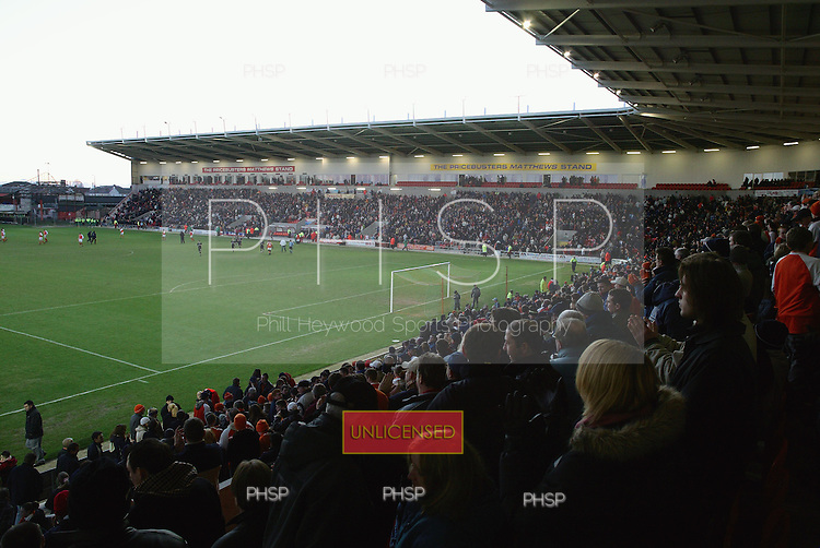 20945 Full stands