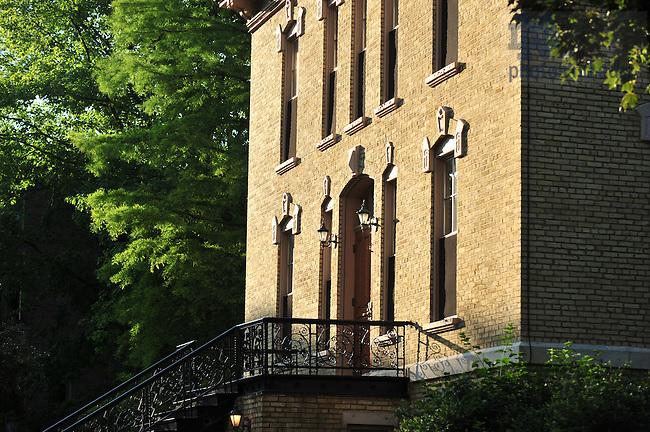 Washington Hall north door in summer..Photo by Matt Cashore/University of Notre Dame