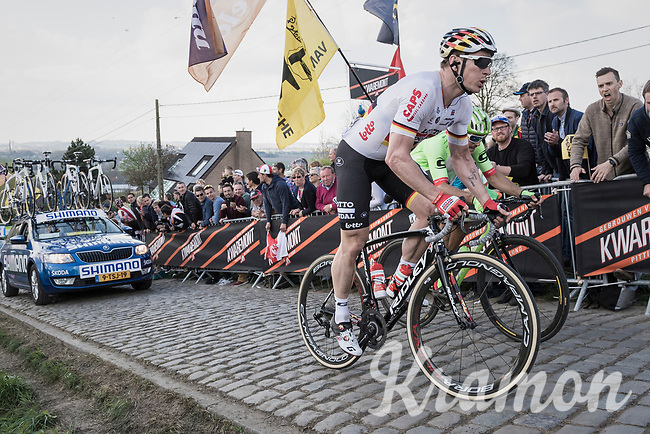 Andr&eacute; Greipel (DEU/Lotto-Soudal) up the final ascent of the Paterberg<br /> <br /> 101th Ronde Van Vlaanderen 2017 (1.UWT)<br /> 1day race: Antwerp &rsaquo; Oudenaarde - BEL (260km)