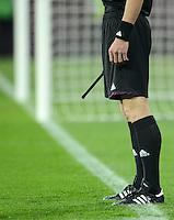 FUSSBALL  EUROPAMEISTERSCHAFT 2012   VORRUNDE Deutschland - Portugal          09.06.2012 Torrichter