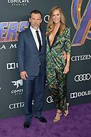 Josh Brolin mit Ehefrau Kathryn Boyd bei der Weltpremiere des Kinofilms 'Avengers: Endgame' im Los Angeles Convention Center. Los Angeles, 22.04.2019