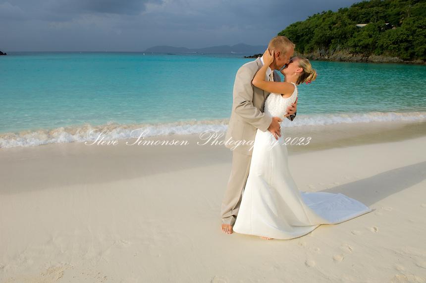 Wedding couple<br /> Trunk Bay<br /> Virgin Islands National Park<br /> St. John, U.S. Virgin Islands