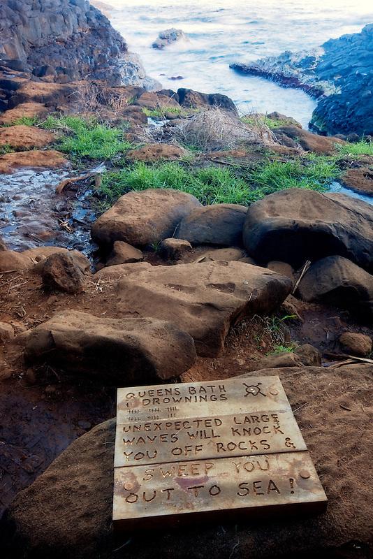 Oueen's Bath sign. Kauai, Hawaii.