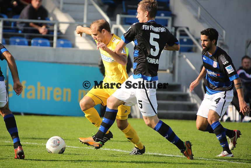 Robert Lechleitner (AAlen) gegen Manuel Konrad (FSV) - FSV Frankfurt vs. VfR Aalen, Frankfurter Volksbank Stadion