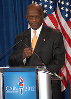 "AJ Alexander - 11-08-11, Herman Cain, GOP Candidate Defends Himself in a Press Confrence to dispute a sexual harassment allegations made by Sharon Bialek. He also accused the ""Democratic Machine"" of manufacturing the controversy, at the Scottsdale Plaza Resort, in Scottsdale Arizona, on Tuesday afternoon, November 08, 2011..Photo by AJ Alexander"