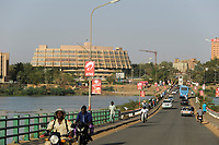 NIGER Niamey, Hotel Gaweye  and Kennedy bridge over river Niger
