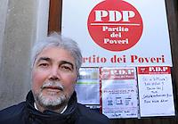 A Olgiate Comasco, CO, è stato costituito il Partito dei Poveri, che non vuole essere schierato, ma solo un partito rivolto ai poveri, agli indigenti e a coloro che all'improvviso si trovano senza nessun sostegno
