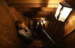 Foto: VidiPhoto<br /> <br /> PASSENDALE - Het Memorial Museum Passchedaele in Passendale bij Ieper in West-Vlaanderen, is ontegenzeglijk een van de mooiste en indrukwekkenste musea over de Eerste Wereldoorlog (The Great War). Het museum houdt de herinnering levend aan de Slag van Passendale, waarbij in 1917 in honderd dagen tijd een half miljoen militairen sneuvelden voor slechts 8 km. terreinwinst. In een unieke dugout experience met tal van diorama's wordt getoond hoe Britse militairen ondergronds gingen leven omdat boven alles was weggeschoten.