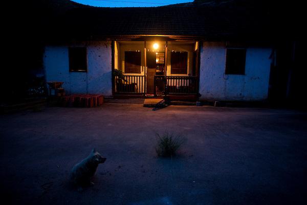 Domingos Martins_ES, Brasil...Casa rural em Domingos Martins...A rural home in Domingos Martins...Foto: LEO DRUMOND / NITRO