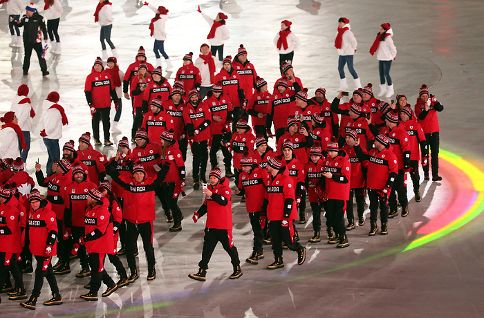 Pyeongchang, Korea, 9/3/2018- Brian McKeever leads the Canadian Paralympic team during the opening ceremony at the 2018 Paralympic Games in PyeongChang. Photo Scott Grant/Canadian Paralympic Committee.