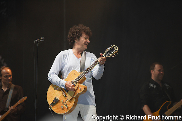 French quebec singer Robert Charlebois performs  at the  Fete Nationale at  l'ile Lebel, Repentigny, 24 juin 2010