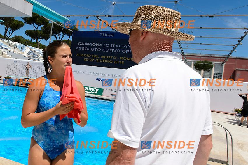 Natasha Macmanus and her coach <br /> Roma 21-06-2016 Stadio del Nuoto Foro Italico Tuffi Campionati Italiani <br /> Foto Andrea Staccioli Insidefoto