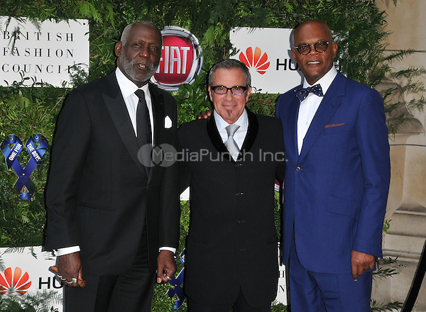 Richard Roundtree, Tico Torres &amp; Samuel L Jackson at the One For The Boys Charity Ball in aid of the One For The Boys charity, Victoria &amp; Albert Museum, Cromwell Road, London, England, UK, on Sunday 12 June 2016.<br /> CAP/CAN<br /> &copy;CAN/Capital Pictures /MediaPunch ***NORTH AND SOUTH AMERICAS ONLY***