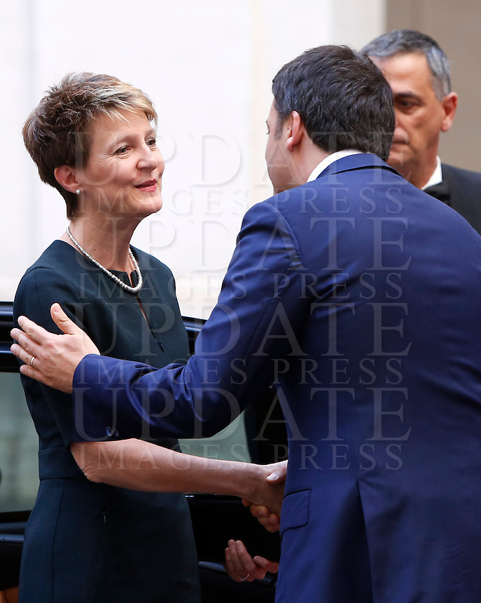 Il Presidente del Consiglio Matteo Renzi, a destra, accoglie il presidente svizzero Simonetta Sommaruga a Palazzo Chigi, Roma, 18 maggio 2015.<br /> Italian Premier Matteo Renzi, right, welcomes Swiss President Simonetta Sommaruga at Chigi Palace, Rome, 18 May 2015.<br /> UPDATE IMAGES PRESS/Riccardo De Luca