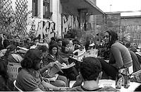 Milano.Centro Sociale occupato Leoncavallo.Assemblea pubblica.Milan.Centro Sociale Leoncavallo .Public Assembly