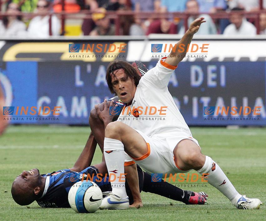 Patrick Vieira (Inter) Rodrigo Taddei (Roma)<br /> L'infortunio di Patrick Vieira<br /> Italy &quot;Tim Cup&quot; 2006-07 - Coppa Italia<br /> 17 May 2007 (Final 2st Leg)<br /> Inter-Roma (2-1) (a.r. 2-6)<br /> &quot;Giuseppe Meazza&quot; Stadium-Milano-Italy<br /> Photographer Andrea Staccioli INSIDE