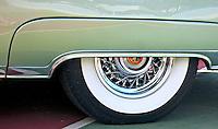 Roda de automóvel Cadillac. Foto de Rogério Reis.