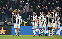 Goal Gonzalo Higuain Calcio, Serie A: Juventus vs Roma. Torino, Juventus Stadium,17 dicembre 2016. <br /> Juventus' Gonzalo Higuain, left, celebrates with teammates after scoring the winning goal during the Italian Serie A football match between Juventus and Roma at Turin's Juventus Stadium, 17 December 2016.<br /> UPDATE IMAGES PRESS/Isabella Bonotto