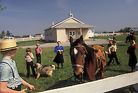 AJ3452, Amish, school, Amish Country, Lancaster County, Pennsylvania, Amish bring their pets for Pet Show Day at school in Pennsylvania Dutch Country in Lancaster County in the state of Pennsylvania.