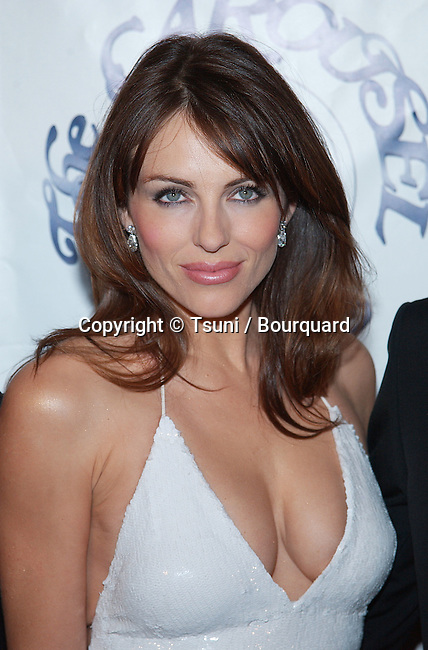 Elizabeth Hurley arriving at the Carousel of Hope which support the Barbara Davis Center for Childhood Diabetesat the Beverly Hilton in Los Angeles. October 15, 2002.