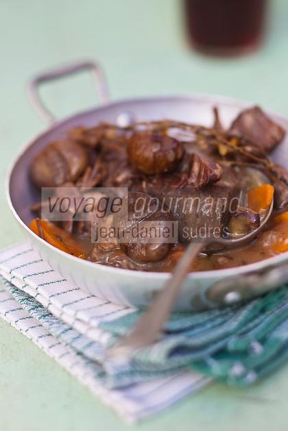 Europe/Provence-Alpes-Côte d'Azur/83/Var/Massif des Maures/Collobrières: Mijoté de Boeuf aux Châtaignes Vapeur recette de Niri Faivre - Hôtel-Restaurant Notre-Dame