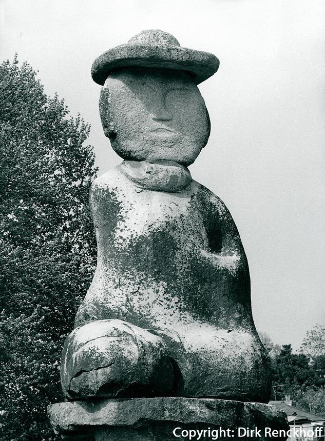 Buddha-Statue (Miruk) aus der Koryo-Zeit  in Puyo, Korea 1986