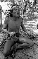 Povo Gavião Parkateje terra indígena Mãe Maria,  Krohokrenhum (Capitão), durante entrevista sobre a indenização paga pela Eletronorte <br /> 1984