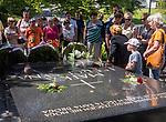 Litwa, Wilno 08.07.2014. Cmentarz na Wileńskiej Rossie - grób Marii z Billewiczów Piłsudskiej, miejsce pochówku urny z sercem Józefa Piłsudskiego