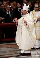 Bishop Jose Avelino Bettencourt benedice al termine della sua Ordinazione Episcopale nella Basilica di San Pietro in Vaticano, 19 marzo 2018.<br /> Bishop Jose Avelino Bettencourt blesses at the end of his Episcopal Ordination conducted by Pope Francis at Saint Peter's Basilica at the Vatican on March 19, 2018. on March 19, 2018. UPDATE IMAGES PRESS/Isabella Bonotto<br /> <br /> STRICTLY ONLY FOR EDITORIAL USE