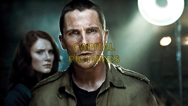 BRYCE DALLAS HOWARD & CHRISTIAN BALE.in Terminator Salvation (Terminator Salvation: The Future Begins).*Filmstill - Editorial Use Only*.CAP/FB.Supplied by Capital Pictures.