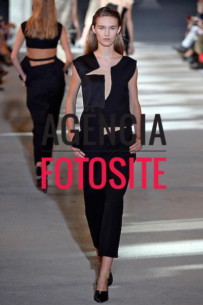 Milao, Italia&sbquo; 20/09/2013 - Desfile de Costume National durante a Semana de moda de Milao  -  Verao 2014. <br /> Foto: FOTOSITE