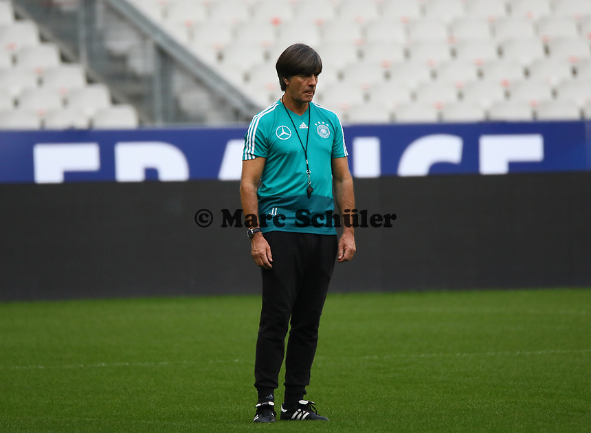 Bundestrainer Joachim Loew (Deutschland Germany)- 15.10.2018: Abschlustraining Deutschland vor dem Spiel Frankreich vs. Deutschland, 4. Spieltag UEFA Nations League, Stade de France, DISCLAIMER: DFB regulations prohibit any use of photographs as image sequences and/or quasi-video.