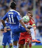 FUSSBALL   SAISON 2011/2012   CHAMPIONS LEAGUE FINALE FC Bayern Muenchen - FC Chelsea  19.05.2012 Didier Drogba (li, FC Chelsea) gegen Bastian Schweinsteiger (re, FC Bayern Muenchen)