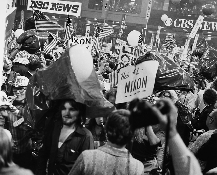 Supporters of Richard Nixon gathered at Richard Nixon Inauguration. (Photo by CQ Roll Call via Getty Images)