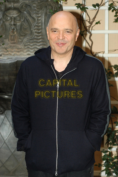 ANTHONY MINGHELLA.Cold Mountain photocall in Rome.9 February 2004.half length, half-length.www.capitalpictures.com.sales@capitalpictures.com.© Capital Pictures.