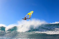 Kai Katchadourian (USA) windsurfing in Ho'okipa Beach Park (Maui, Hawaii, USA)