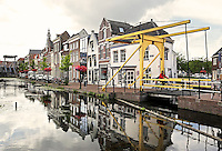 Nederland Maassluis.  2016 08 05. Veerstraat Noordzijde . De Fortegrachtbrug.  Foto Berlinda van Dam / Hollandse Hoogte