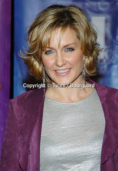 Amy Carlson arriving at the NBC tca Winter Party at the Universal City Walk in Los Angeles. Janurary 21, 2005.