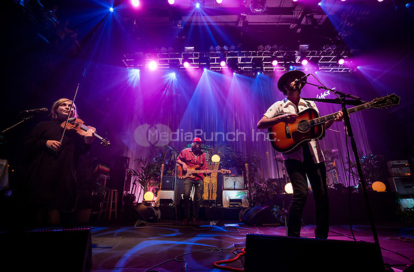 LAS VEGAS, NV - April 11: The Head and The Heart in concert at Brooklyn Bowl in Las Vegas, Nevada on April 11, 2017. Credit: Erik Kabik Photography/MediaPunch
